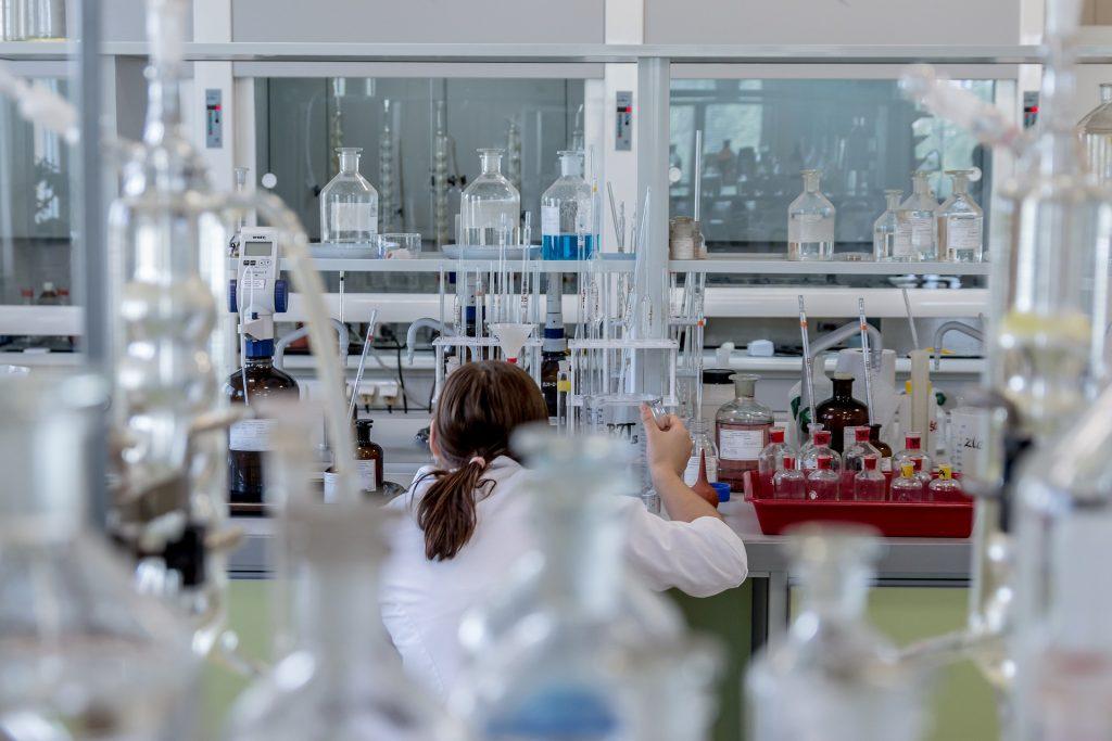 Medicinski fakultet Univerziteta u Beogradu trenutno nudi 22 različita modula DAS koji mogu zainteresovati studente prirodnih, ali i humanističkih nauka.
